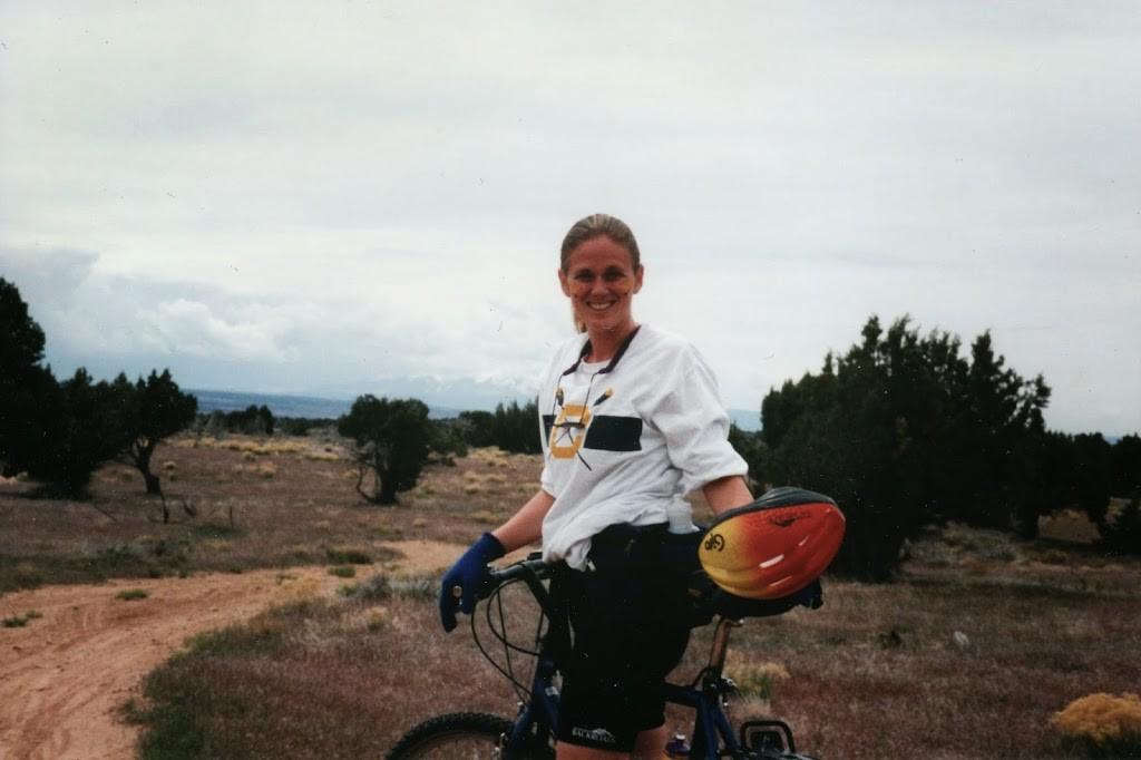 Young woman on mountain bike in Utah