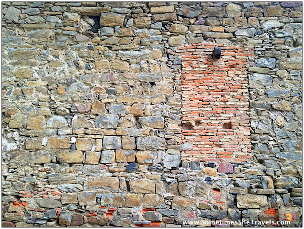 Another beautiful ancient wall. In hindsight, I would have taken many, many more pictures, especially of my new friends.